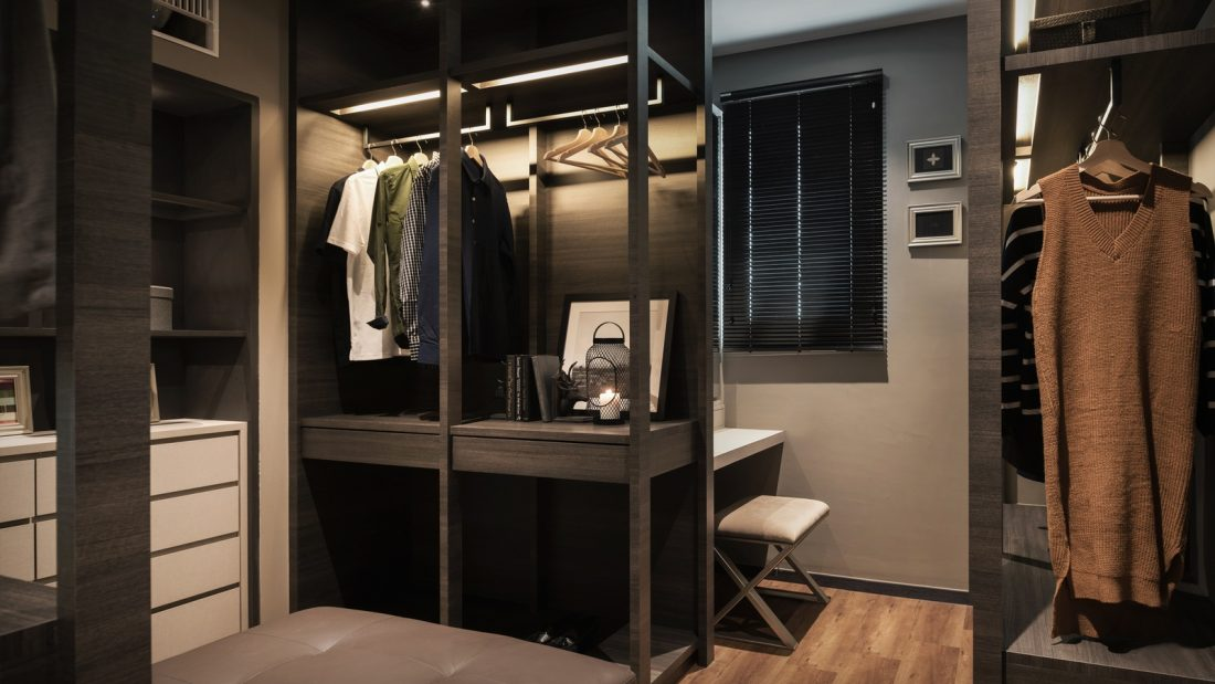 Interior Design Southbay Plaza Condominium Penang Malaysia Walk In Wardrobe Design v2