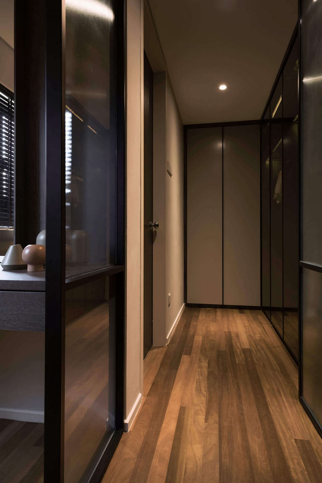 Interior Design Raffel Tower Penang Malaysia Master Wardrobe v1