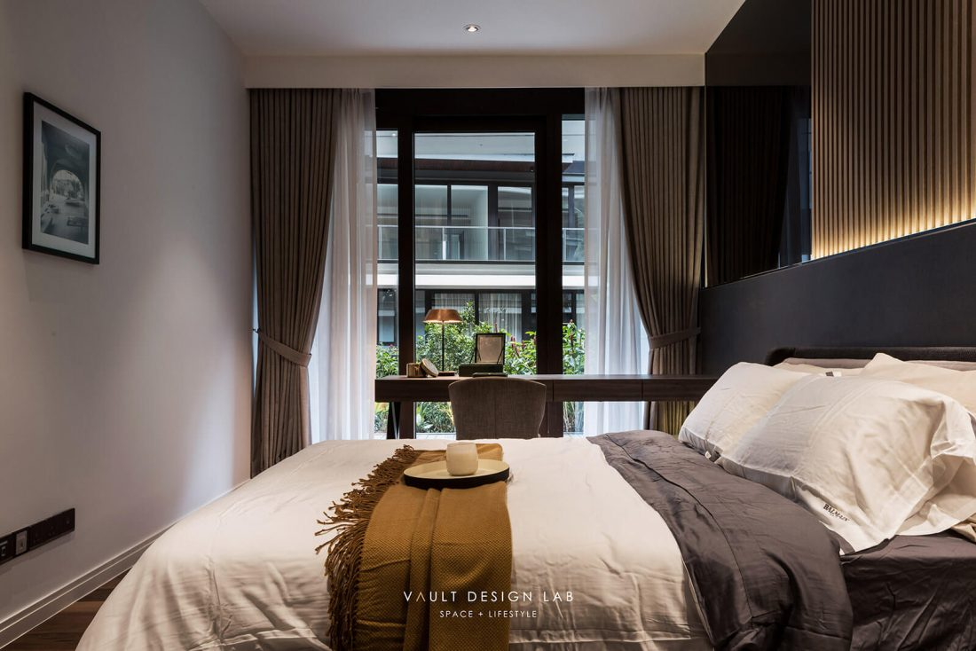Interior-Design-Shorefront-Condominium-Ytl-Penang-Malaysia-Master-Bedroom-Design-v2