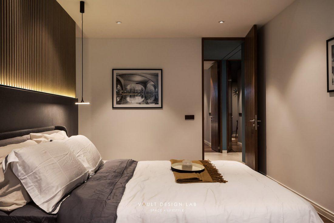 Interior-Design-Shorefront-Condominium-Ytl-Penang-Malaysia-Master-Bedroom-Design-v3