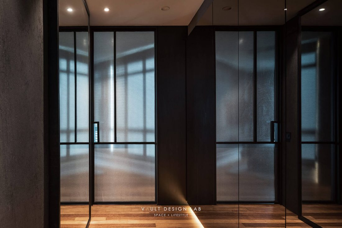 Interior Design The Light Collection III Penang Malaysia Master Bedroom Walk In Wardrobe Design v1